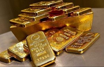 Giá vàng mất mốc 57 triệu đồng trong sáng nay
