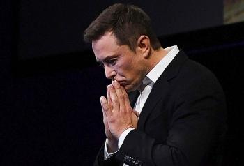 Elon Musk mất vị trí người giàu thứ hai thế giới sau một đêm
