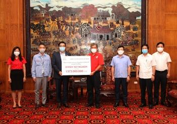 Toyota Việt Nam hỗ trợ trang bị y tế chống dịch COVID-19 cho tỉnh Vĩnh Phúc