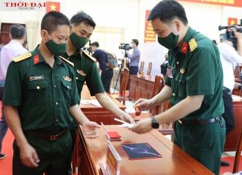Bắc Ninh: Lực lượng vũ trang, y bác sĩ đi bầu cử sớm để ứng phó dịch COVID-19