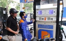 Giá xăng dầu hôm nay (26/11): Giá xăng dầu trong nước sẽ tăng mạnh?