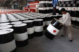 Giá xăng dầu hôm nay 25/7: Covid-19 diễn biến phức tạp, dầu thô ì ạch tăng