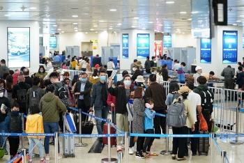 Cho phép nhập cảnh trở lại tại Cảng hàng không quốc tế Nội Bài và Tân Sơn Nhất