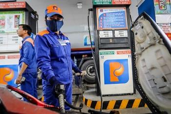 Giá xăng tăng lên vào ngày mai?