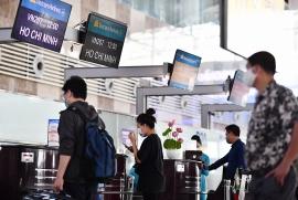Hành khách nên làm thủ tục sớm trước 2 tiếng tại Nội Bài và Tân Sơn Nhất