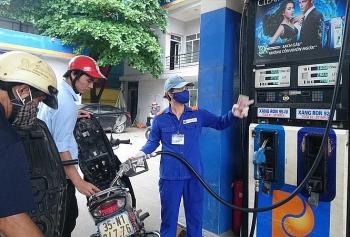 Giá xăng dầu hôm nay (26/8): Dầu thô bất ngờ nhảy vọt liên tục