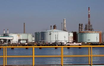 Giá xăng dầu hôm nay (3/9): Dầu Brent mất mốc 45 USD