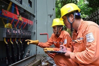 Bộ Công thương yêu cầu EVN đáp ứng đủ điện những tháng cuối năm