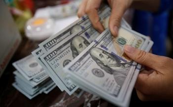 Tỷ giá ngoại tệ hôm nay 31/8: Euro lao dốc, giá USD vẫn
