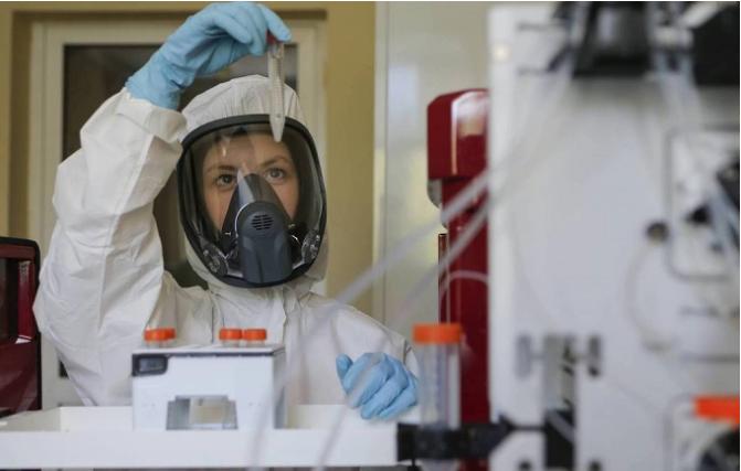 Vaccine Sputnik V ngừa COVID-19 của Nga có hiệu lực 2 năm