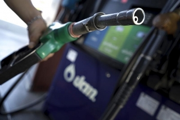 Giá xăng dầu hôm nay (22/9): Dầu WTI mất mốc kháng cự