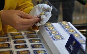 Giá vàng hôm nay 31/8/2020: Vàng tăng nhẹ hơn 300.000 đồng/lượng