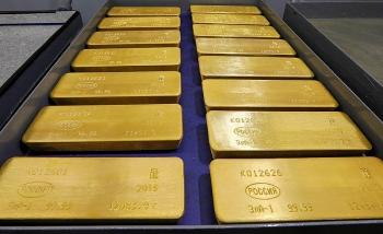 Giá vàng hôm nay 30/9/2020: Vàng tăng phi mã, sắp trở lại mốc 2.000 USD