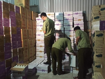 Hơn 38.000 chai sữa chua nhập lậu bị bắt giữ