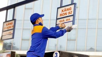Giá xăng dầu hôm nay (2/10): Dầu thô tiếp tục trượt giá