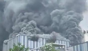 Cháy nhà máy Huawei Trung Quốc khiến 3 người thiệt mạng