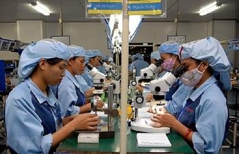Oxford Economics: Kinh tế Việt Nam sẽ tăng trưởng dương trong năm 2020