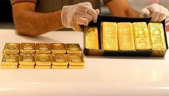 Giá vàng hôm nay 28/11/2020: Vàng mất mốc 1.800 USD/ounce