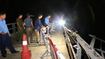Phó Thủ tướng chỉ đạo xử lý vụ ô tô đâm xe máy rồi rơi xuống sông khiến 5 người tử vong ở Nghệ An