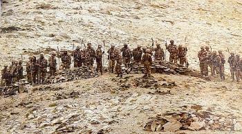 Trung Quốc đã điều 60.000 quân đến gần biên giới Ấn Độ