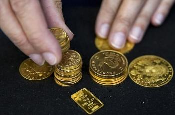Giá vàng hôm nay 1/12/2020: Vàng tiếp tục giảm 1 triệu đồng