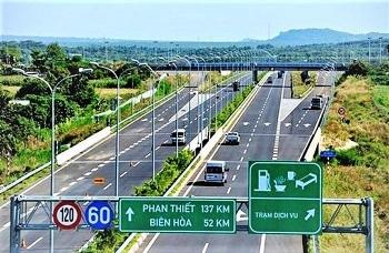 Thủ tướng chỉ đạo đẩy nhanh tiến độ GPMB Dự án xây dựng một số đoạn đường bộ cao tốc trên tuyến Bắc - Nam phía Đông