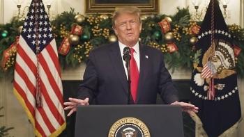 Tổng thống Trump doạ không duyệt ngân sách cứu trợ COVID-19