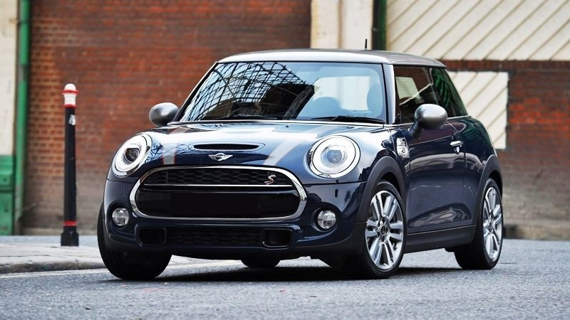 gia xe o to mini cooper moi nhat thang 22020 thap nhat 15 ty dong