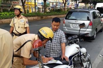 muc xu phat loi khong co giay phep lai xe moi nhat nam 2020