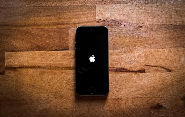 apple se ra mat iphone 9 vao nam 2020