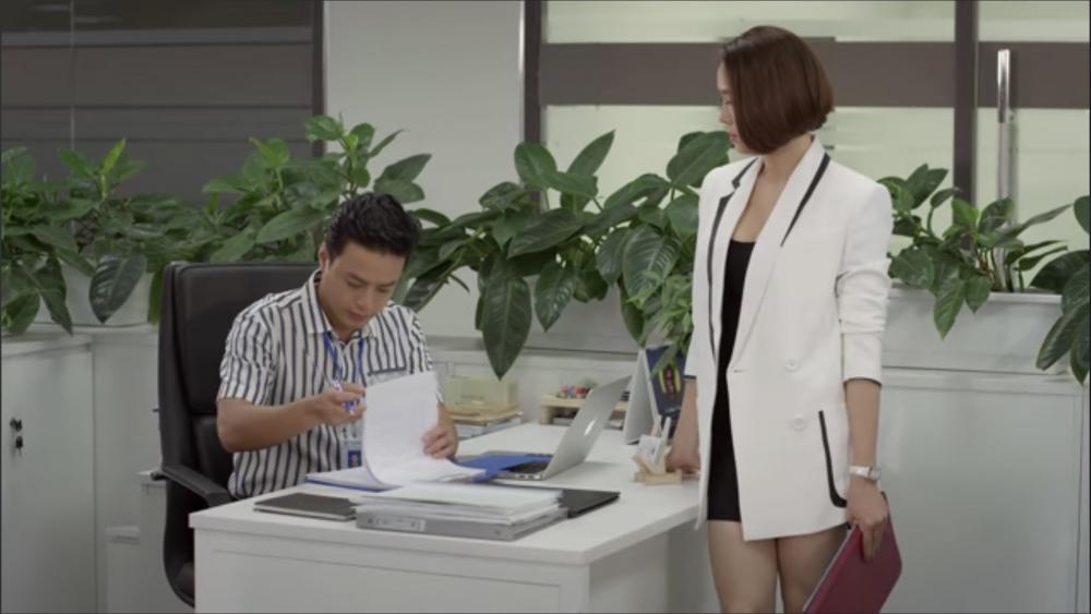 """Hướng dương ngược nắng - Tập 13 (tối 11/1): Kiên bắt đầu """"bơ"""" Minh Châu"""