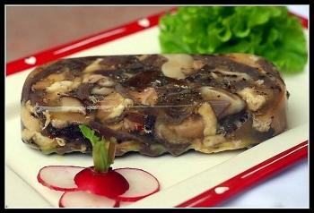 Món ngon ngày Tết: Cách nấu thịt đông ngon chuẩn vị miền Bắc đơn giản nhất