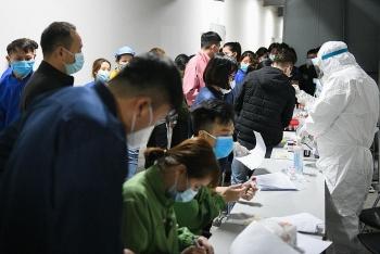 Hơn 2.000 công nhân công ty Poyun được xét nghiệm Covid-19 trong đêm