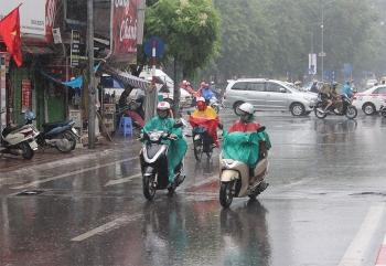 Thời tiết ngày mai 16/2: Không khí lạnh tràn về, Bắc Bộ mưa lớn nhiều nơi