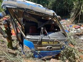 Tin mới vụ tai nạn xe khách lao xuống vực ở Kon Tum: Phụ xe dương tính với ma túy