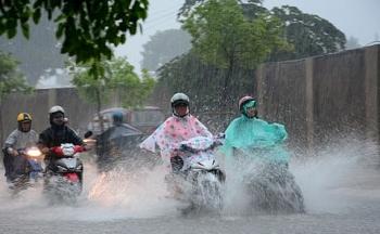 Dự báo thời tiết ngày 1/8: Áp thấp nhiệt đới tăng cường độ, mưa lớn trên cả nước