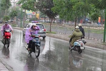 Dự báo thời tiết 10 ngày tới (7/8-17/8): Miền Trung nắng nóng, Hà Nội mưa đá
