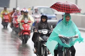 Dự báo thời tiết ngày 7/8: Hà Nội có khả năng xảy ra lốc, sét, gió giật mạnh