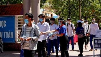Bản tin thời tiết hôm nay 10/8: Hà Nội mưa dông, miền Trung nắng nóng tới 36-37 độ C