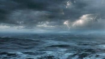 Cập nhật tin bão số 3 trên biển Đông: Gió giật cấp 10, sóng biển cao 3,0-5,0m