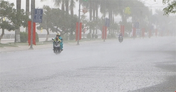 Bản tin thời tiết ngày 16/8: Bắc Bộ mưa dông, gió giật mạnh trên nhiều tỉnh thành