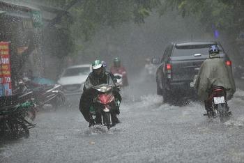 Bản tin thời tiết ngày 20/8: Bắc Bộ tiếp tục mưa dông, từ Trung Bộ vào Nam bắt đầu có nắng