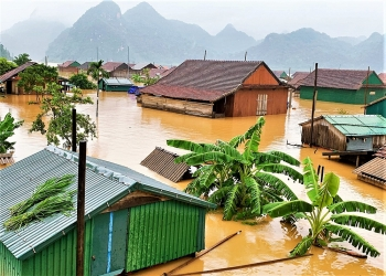 Thời tiết 11/10: Trung Bộ tiếp tục mưa to, Quảng Trị - Thừa Thiên Huế mưa đặc biệt to