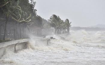 Bão số 6 đổ bộ vào đất liền, suy yếu thành áp thấp nhiệt đới