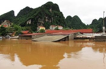 Thời tiết 17/10: Áp thấp nhiệt đới khiến Trung Bộ và Tây Nguyên mưa rất lớn