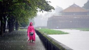 Thời tiết 18/10: Tiếp tục mưa lớn ở các tỉnh miền Trung