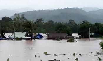 Thời tiết 21/10: Quảng Trị đến Quảng Ngãi tiếp tục mưa lớn trên diện rộng