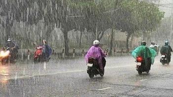 Thời tiết đêm 24 ngày 25/10: Trung Bộ nguy cơ cao xảy ra lũ quét, sạt lở đất