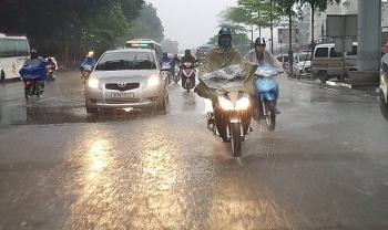 Thời tiết đêm 8 ngày 9/11:  Ảnh hưởng bão, Đà Nẵng đến Bình Thuận mưa lớn
