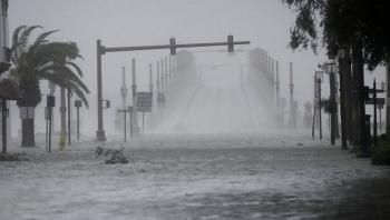 Diễn biến bão số 12: Bão gây mưa to từ Quảng Trị đến Khánh Hòa